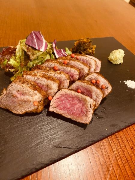 鳥取和牛 万葉牛のステーキ
